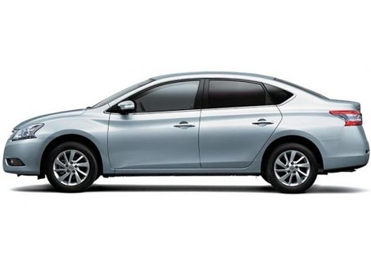 Nissan Bluebird Sylphy 2018 in Brilliant Silver