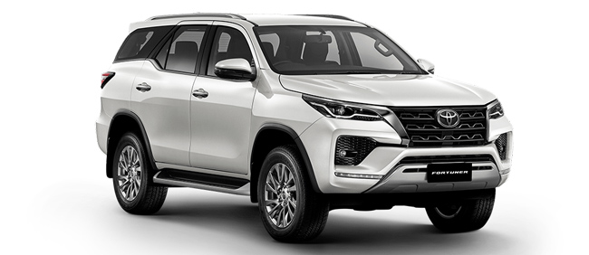 Toyota Fortuner 2021 in White Pearl