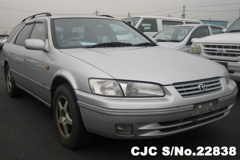 Toyota / Camry 1998 2.2 Petrol