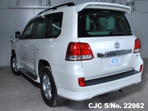 Used Toyota Land Cruiser in Pakistan