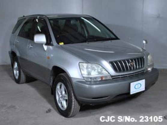 2001 Toyota / Harrier Stock No. 23105