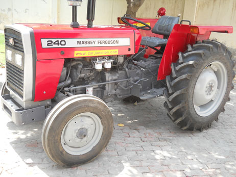 Massey Ferguson MF-240