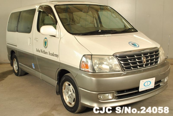 2001 Toyota / Hiace Stock No. 24058