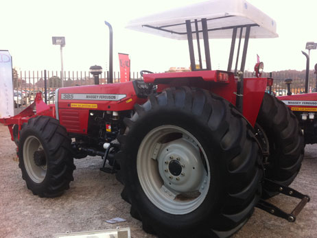 Massey Ferguson Tractors & Implements