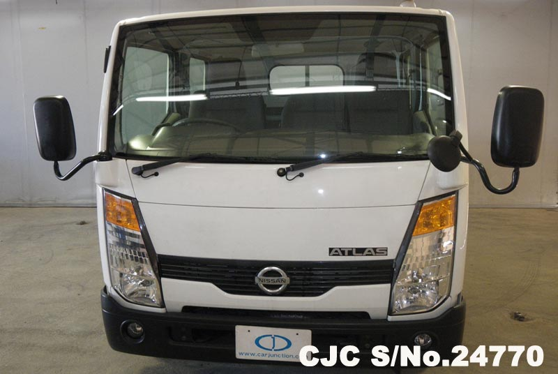 2006 Nissan / Atlas Stock No. 24770