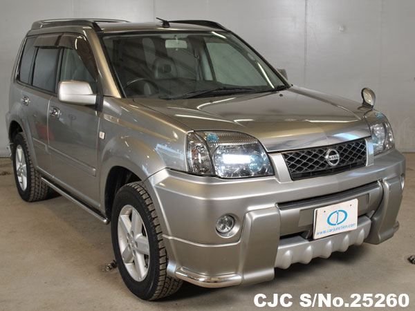 2004 nissan x trail silver for sale stock no 25260 japanese used cars exporter. Black Bedroom Furniture Sets. Home Design Ideas