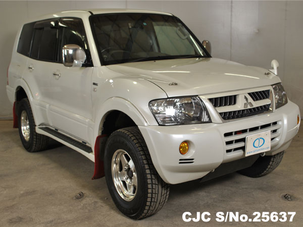 Mitsubishi Pajero for New Zealand