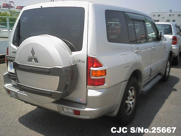 Import Japanese Mitsubishi Pajero