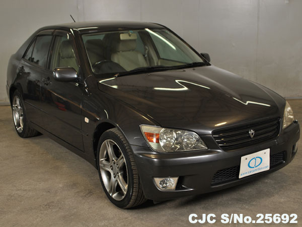 Used Japanese Toyota Altezza