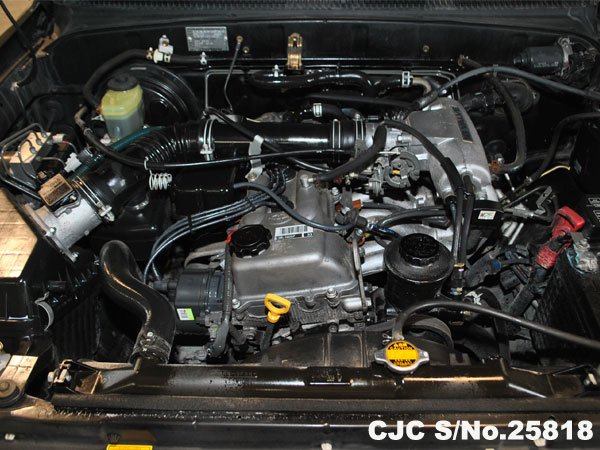 Engine View of Toyota Hilux Surf 4Runner