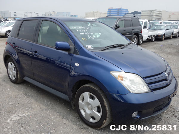 used 2006 IST Front View