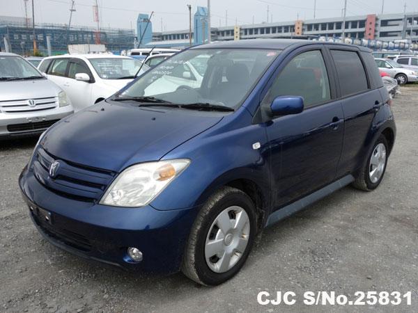 Find online Japanese Toyota IST