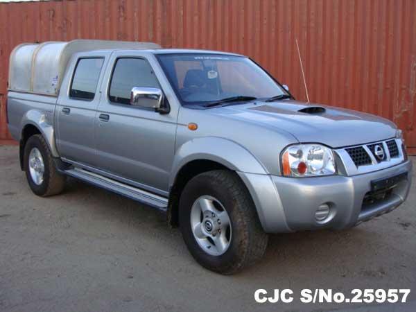 Nissan / Navara 2004 2.5 Diesel