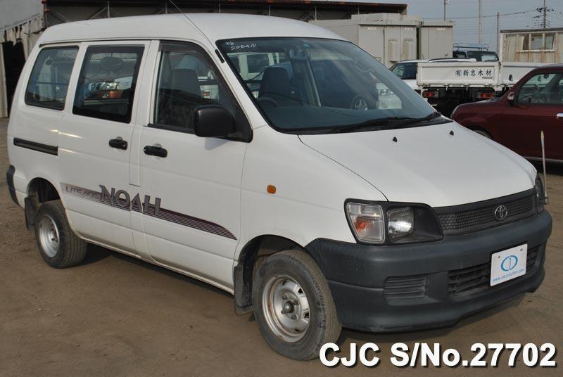 Toyota / Liteace Noah 1997 1.8 Petrol