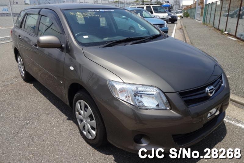 Toyota / Corolla Fielder 2011 1.5 Petrol