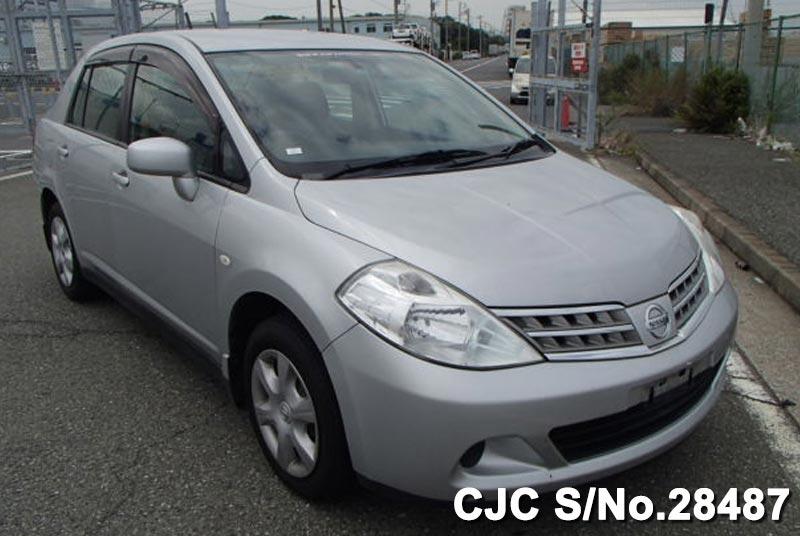 Nissan / Tiida Latio 2008 1.5 Petrol
