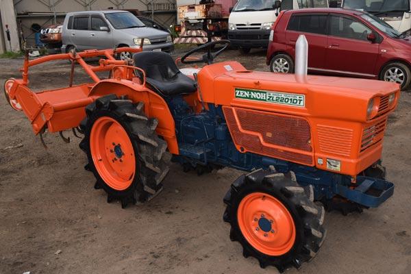 Kubota / ZL2201D-4   Diesel