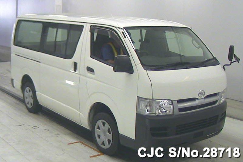 Toyota / Hiace Van 2007 2.0 Petrol