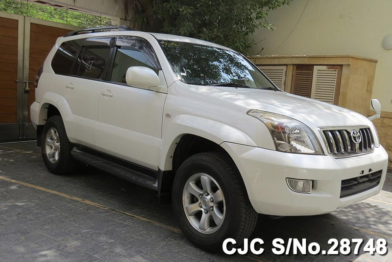 Toyota Land Cruiser Prado for Pakistan