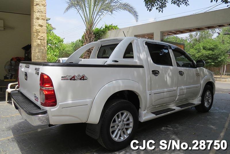 Used Toyota Hilux Vigo