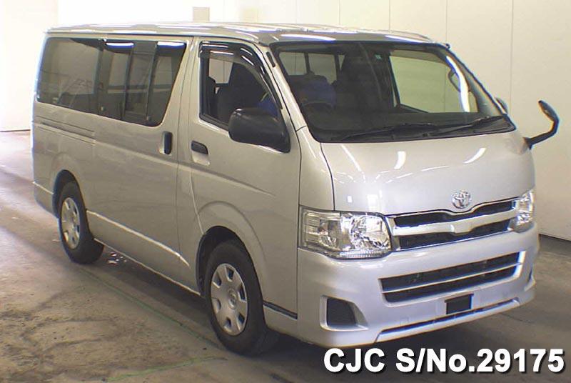 Toyota / Regius 2013 3.0 Diesel
