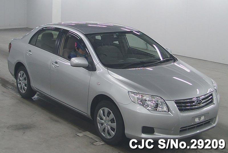 Toyota / Corolla Axio 2011 1.5 Petrol