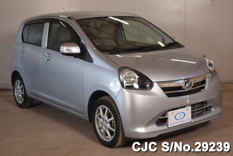 Daihatsu / Mira 2011 0.66 Petrol