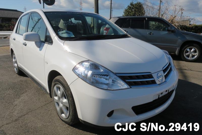 Nissan / Tiida Latio 2012 1.5 Petrol