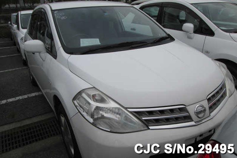 Nissan / Tiida Latio 2009 1.5 Petrol
