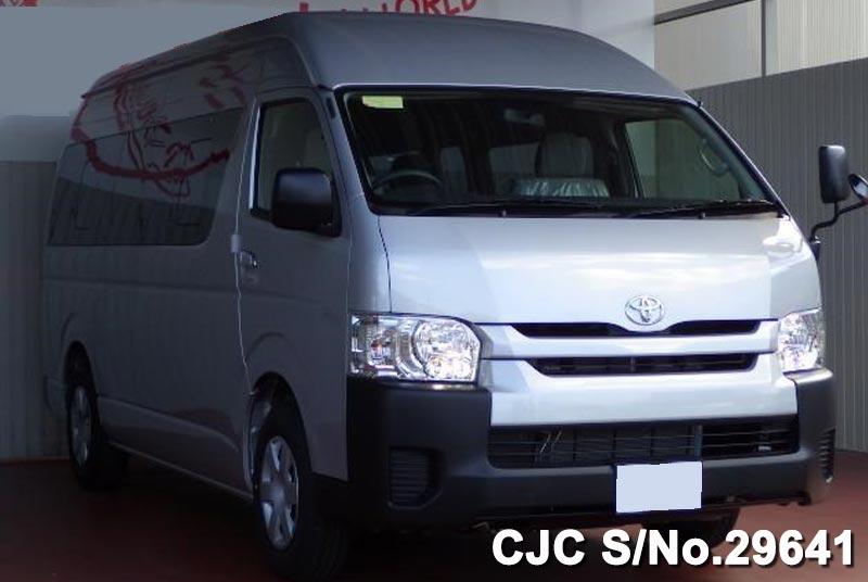 Toyota / Hiace 2015 3.0 Diesel