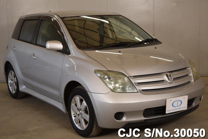 Toyota / IST 2004 1.3 Petrol