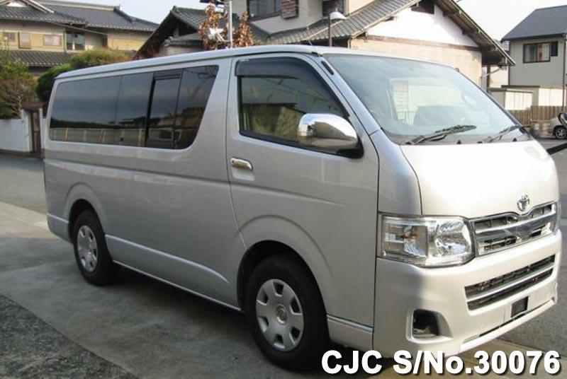 Toyota / Hiace 2012 3.0 Diesel