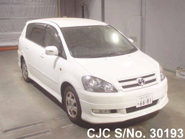 Toyota / Ipsum 2003 2.4 Petrol