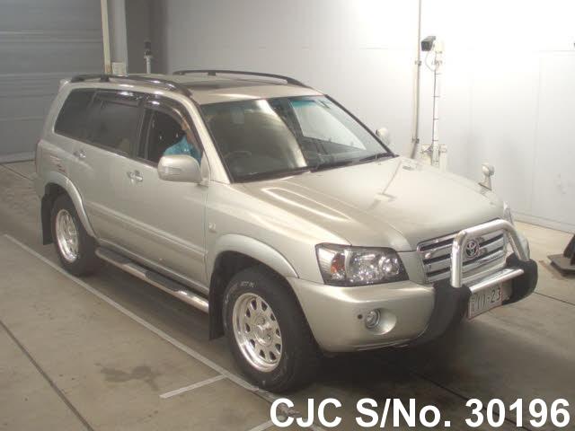 Toyota / Kluger 2004 3.0 Petrol