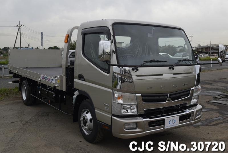 Mitsubishi / Canter 2015 3.0 Diesel