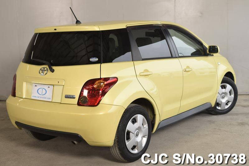 2003 Toyota / IST Stock No. 30738