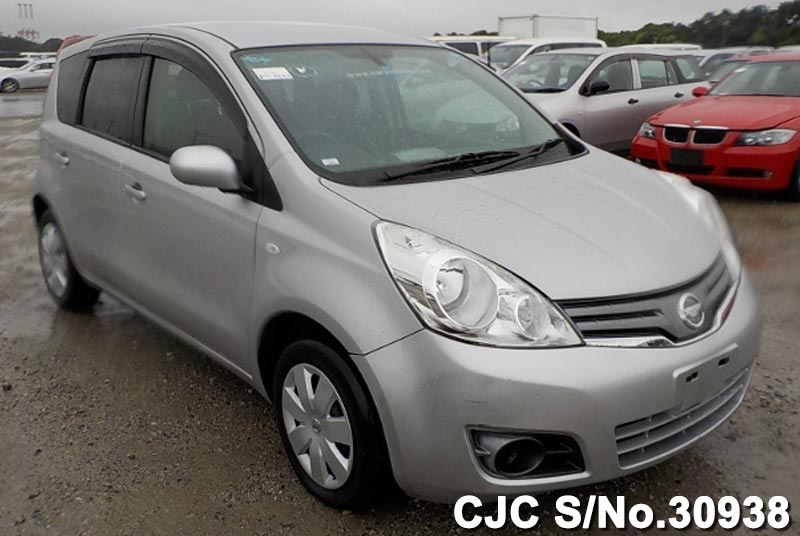 Nissan / Note 2012 1.5 Petrol