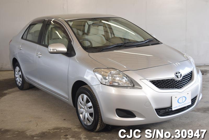 Toyota / Belta 2012 1.0 Petrol