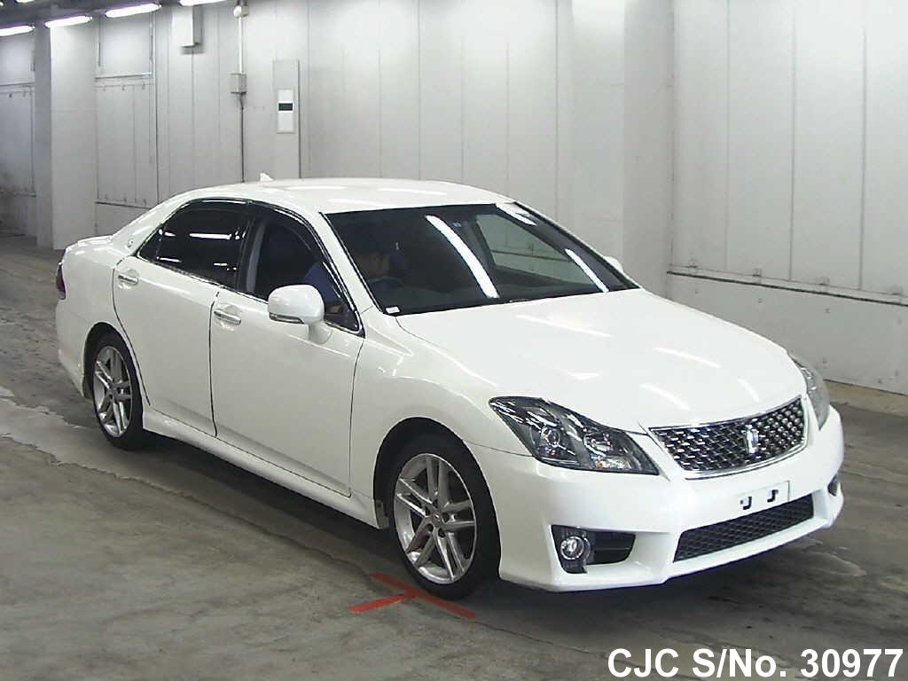Toyota / Crown 2010 2.5 Petrol