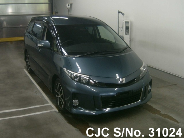 Toyota / Estima 2012 2.4 Petrol