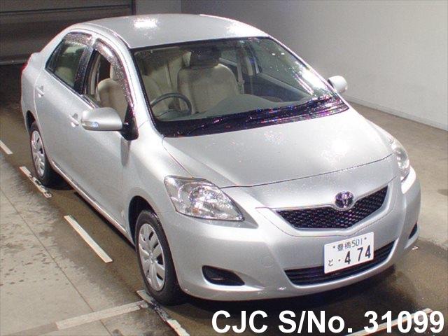 Toyota / Belta 2010 1.3 Petrol