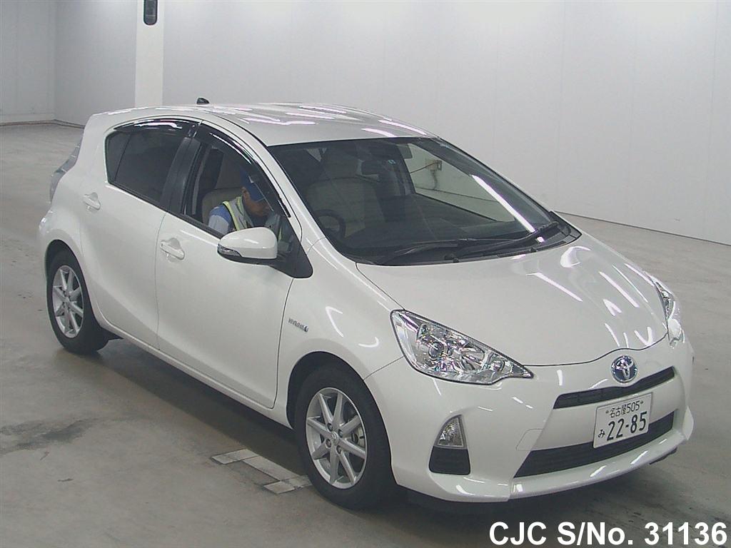 2012 Toyota Aqua White for sale | Stock No. 31136 | Japanese Used ...