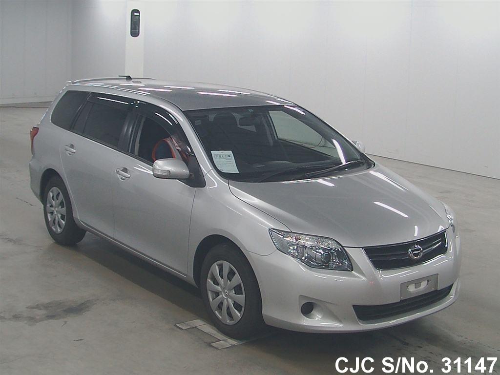 Toyota / Corolla Fielder 2012 1.8 Petrol