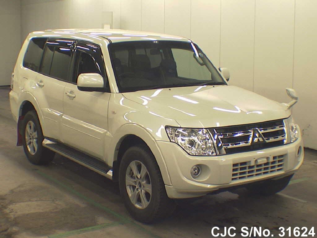 Mitsubishi / Pajero 2013 3.2 Diesel
