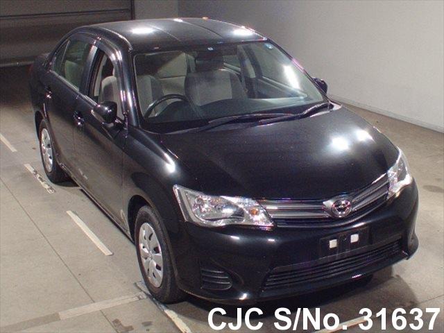 Toyota / Corolla Axio 2012 1.3 Petrol