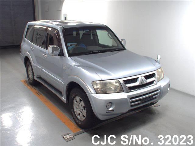 Mitsubishi / Pajero 2004 3.0 Petrol