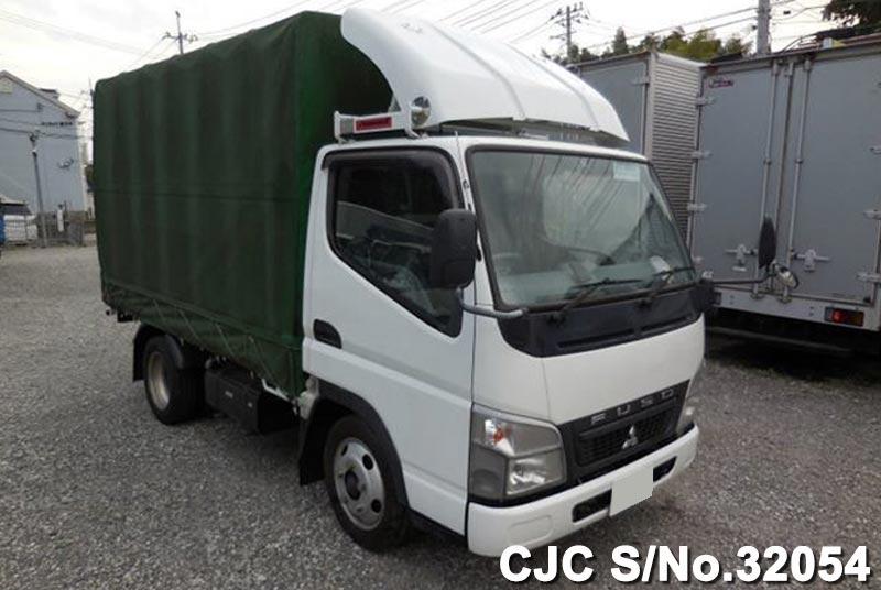 Mitsubishi / Canter 2010 3.0 Diesel