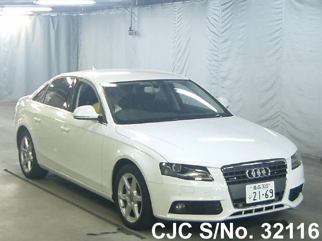 Audi / A4 2009 2.0 Petrol