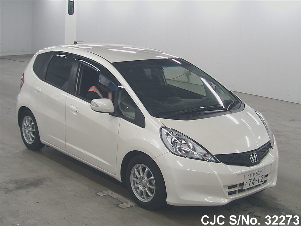 2013 Honda Fit Jazz White For Sale Stock No 32273