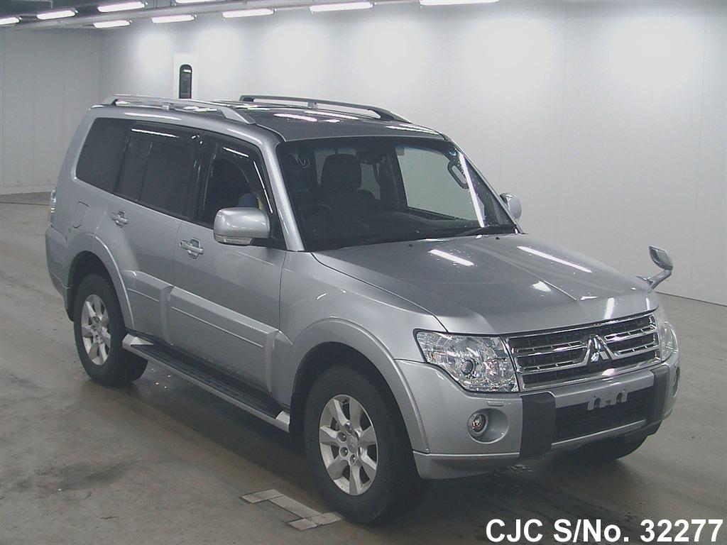Mitsubishi / Pajero 2011 3.2 Petrol